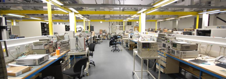 ecotile ESD antistatic flooring in an electrostatic working environment